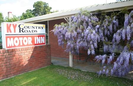 KY COUNTRY ROADS MOTOR INN - Accommodation Port Macquarie