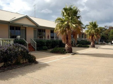 Lightkeepers Inn Motel