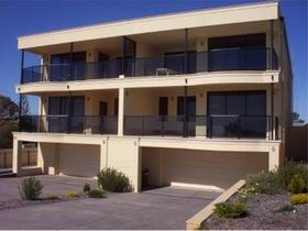 The Lighthouse Accommodation - Accommodation Port Macquarie