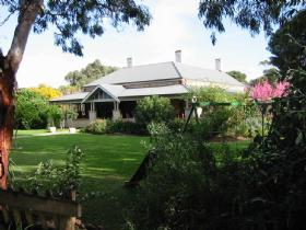 Yankalilla Bay Homestead Bed and Breakfast - Accommodation Port Macquarie
