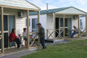 Discovery Holiday Parks Devonport Cosy Cabins - Accommodation Port Macquarie