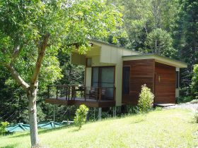 Montville Ocean View Cottages - Accommodation Port Macquarie