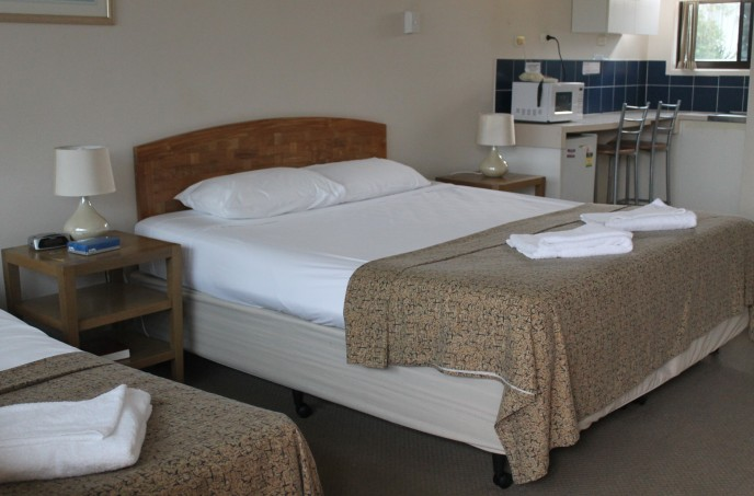A' Montego Mermaid Beach Motel - Accommodation Port Macquarie