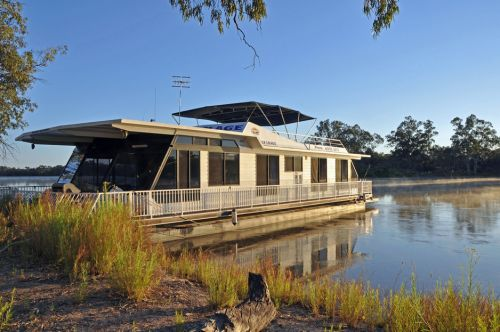 Houseboat Heaven - Accommodation Port Macquarie