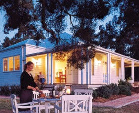 Lillians On Lovedale - Accommodation Port Macquarie