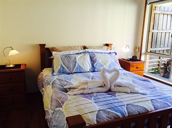 Australian Home Away  East Doncaster Andersons Creek 1 - Accommodation Port Macquarie