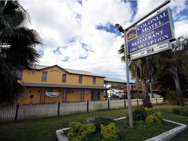 Colonial Motel - Accommodation Port Macquarie