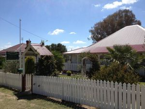 Tenterfield Luxury Historic c1895 Cottage - Accommodation Port Macquarie