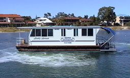 Dolphin Houseboat Holidays - Accommodation Port Macquarie