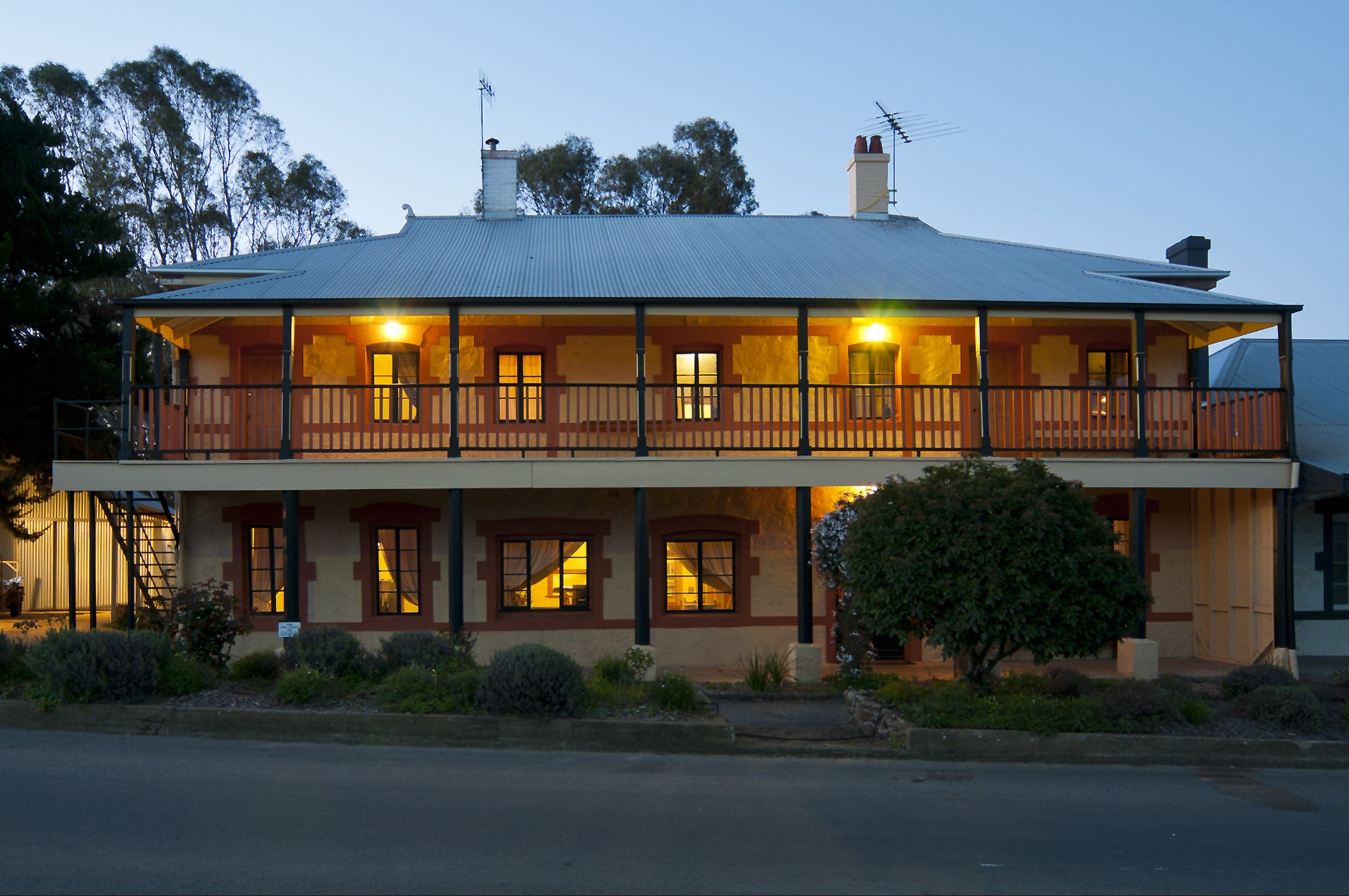 The Coffee Palace - Accommodation Port Macquarie