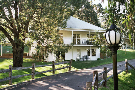 McMillans of Metung Coastal Resort - Accommodation Port Macquarie