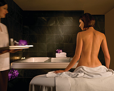 Four Seasons Hotel Sydney Spa - Accommodation Port Macquarie