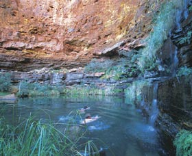 Dales Gorge and Circular Pool - Accommodation Port Macquarie