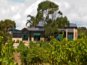Delacolline Estate - Accommodation Port Macquarie