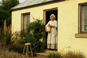 Grannie Rhodes' Cottage - Turn The Key Of Time - Accommodation Port Macquarie