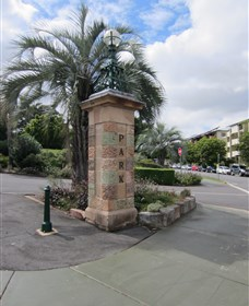 Newstead Park Memorials - Accommodation Port Macquarie