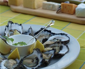Oyster Shed on Wray Street - Accommodation Port Macquarie