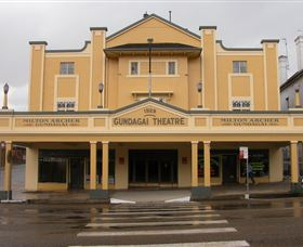 Gundagai Emporium - Accommodation Port Macquarie