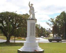 Atherton War Memorial - Accommodation Port Macquarie