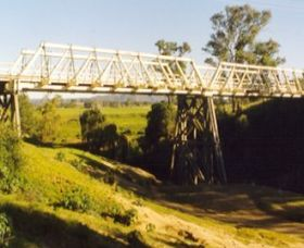 Vacy Bridge over Paterson River - Accommodation Port Macquarie