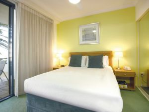 Oaks Calypso Plaza - Accommodation Port Macquarie