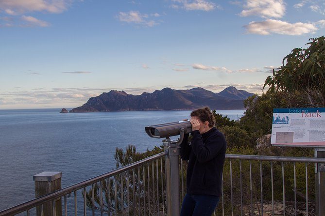 4x4 and Lunch Half Day Freycinet National Park - Accommodation Port Macquarie
