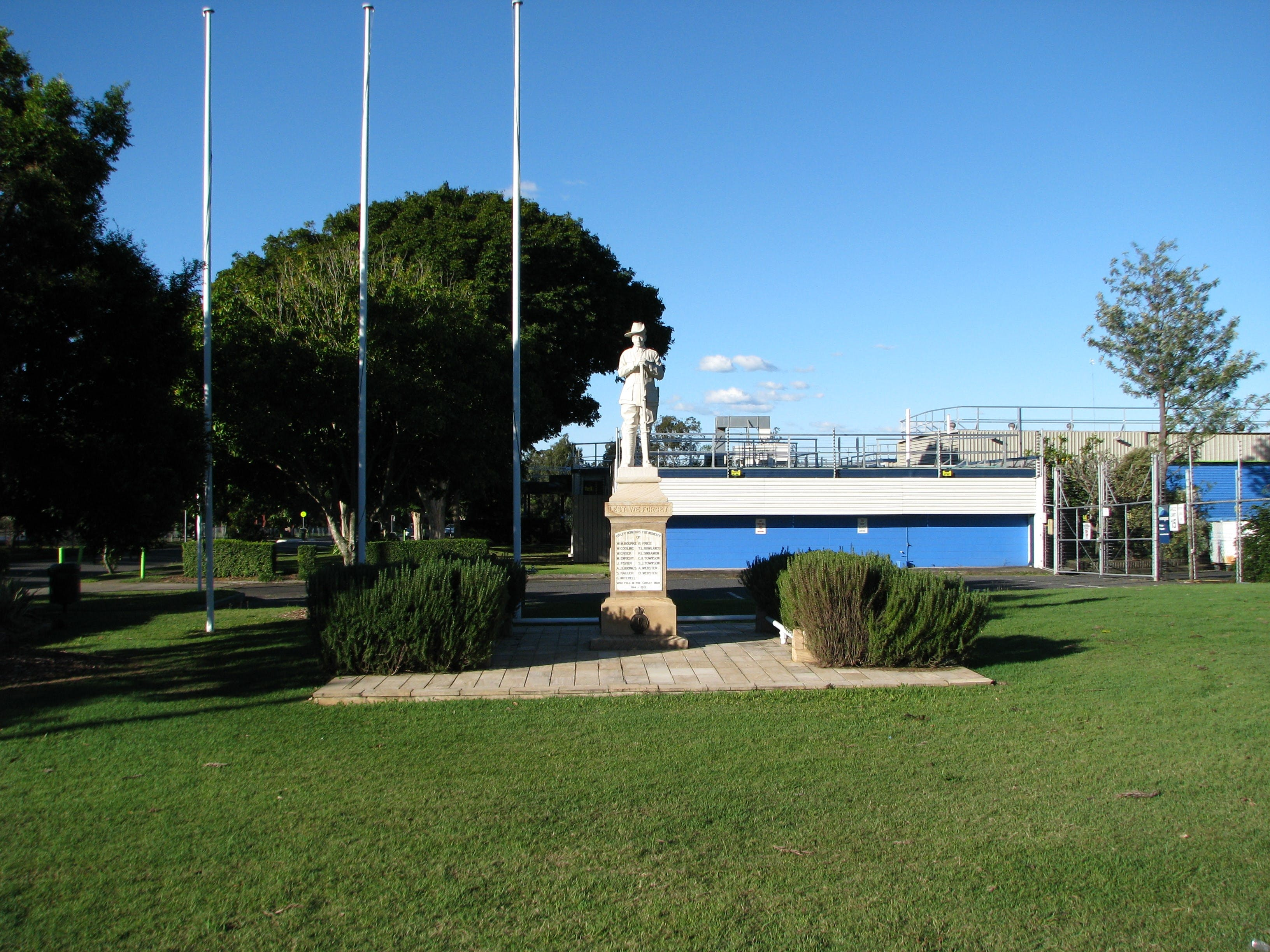 Oxley War Memorial - Accommodation Port Macquarie