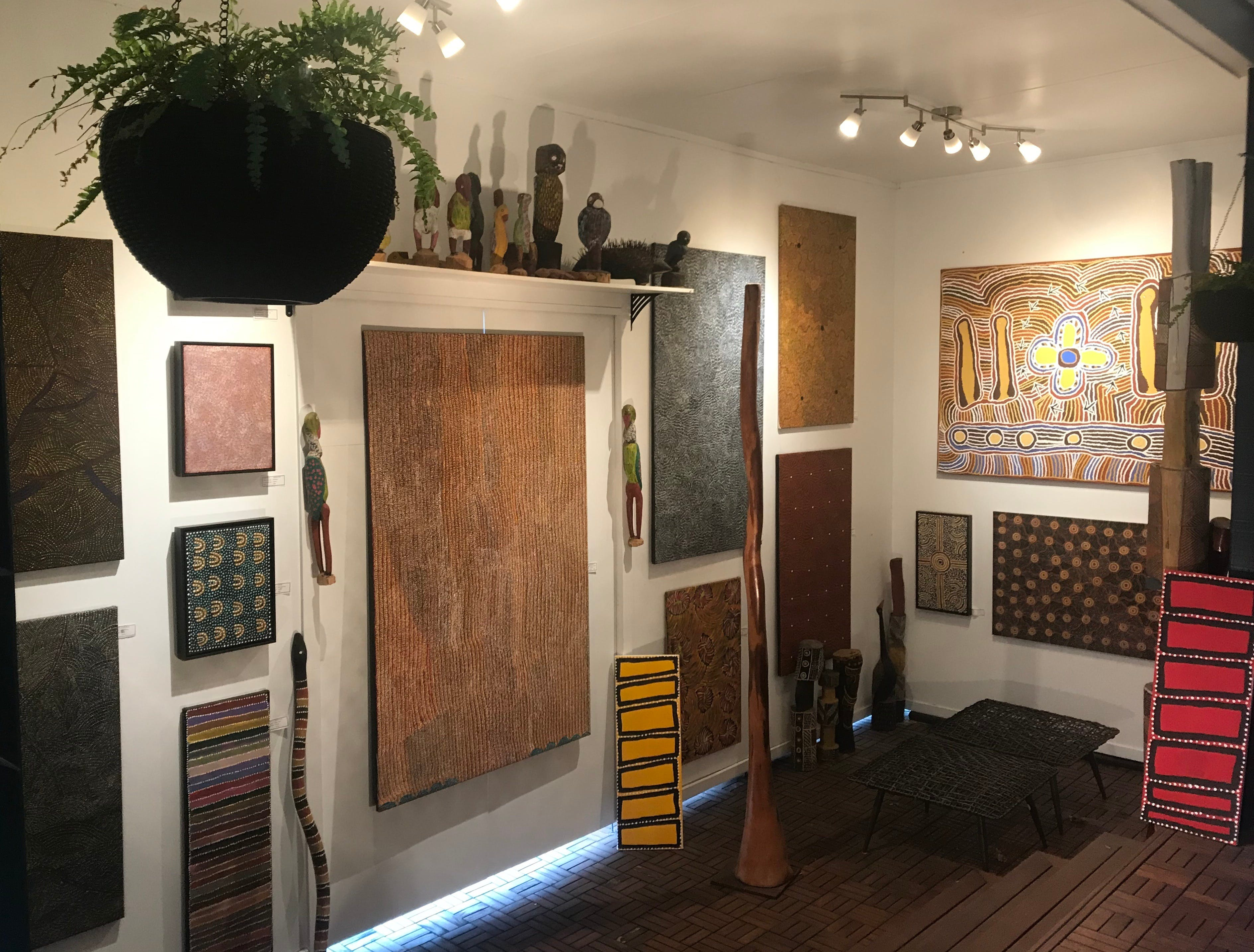 Red Sand Aboriginal Art Gallery - Accommodation Port Macquarie
