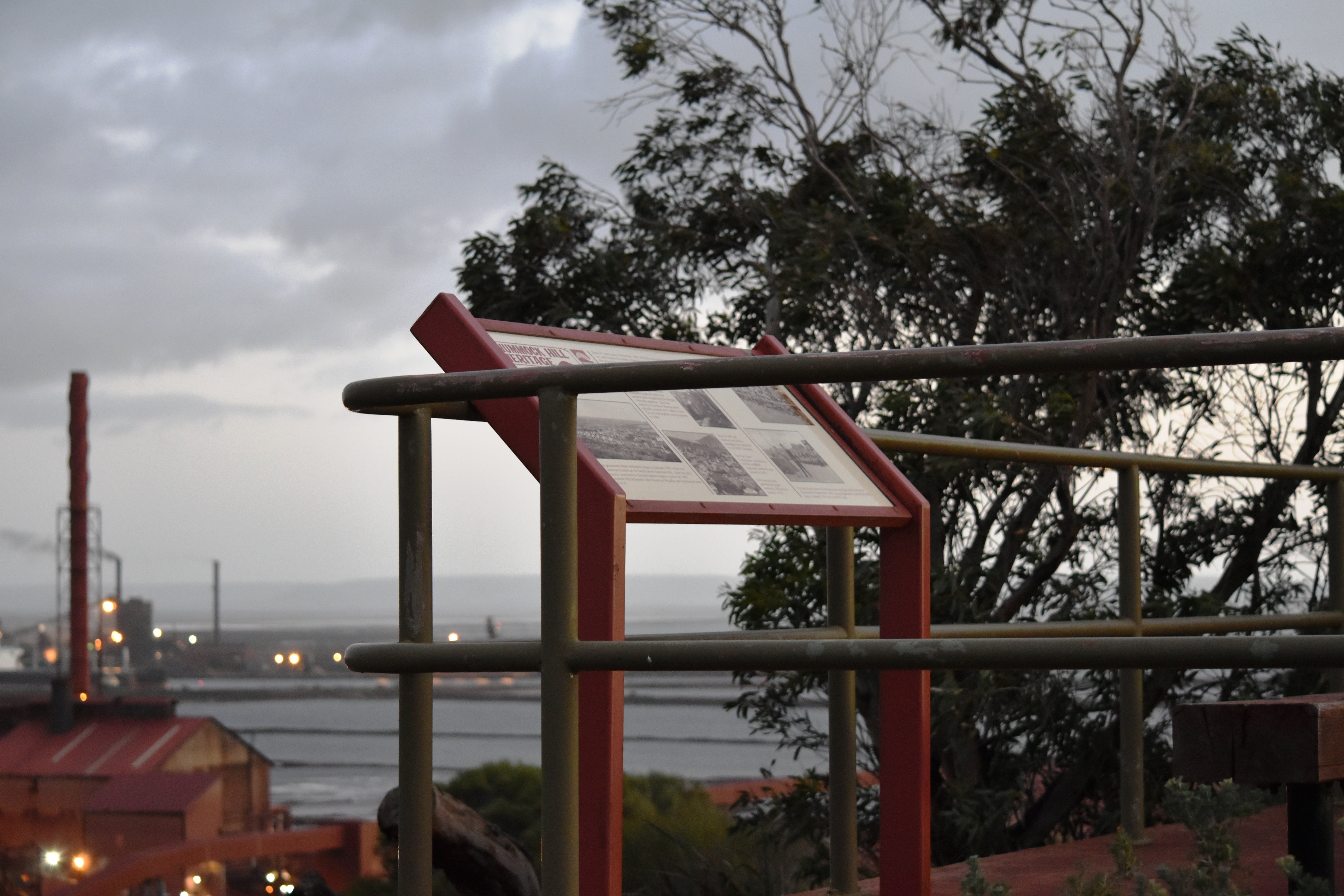 Hummock Hill Lookout - Accommodation Port Macquarie
