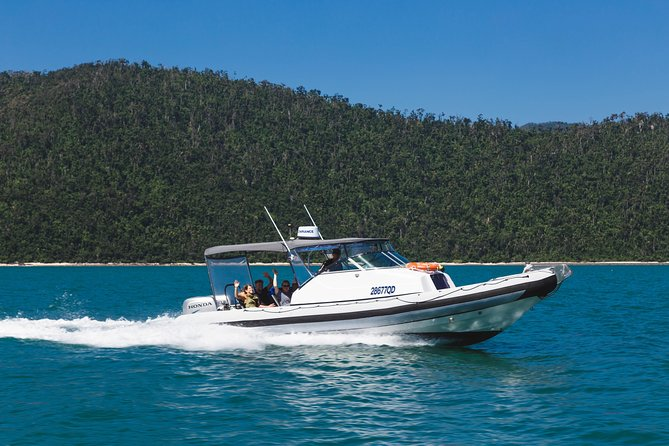 Private Standard Charter Experience in Whitsundays - Accommodation Port Macquarie