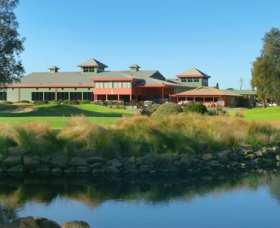 ClubCatalina Country Club - Accommodation Port Macquarie