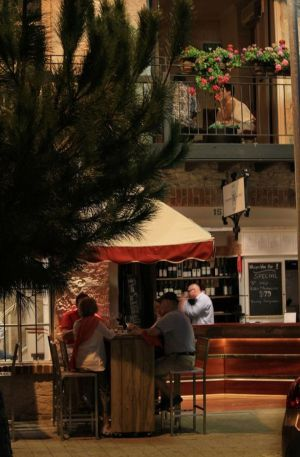Whisper Wine Bar - Accommodation Port Macquarie