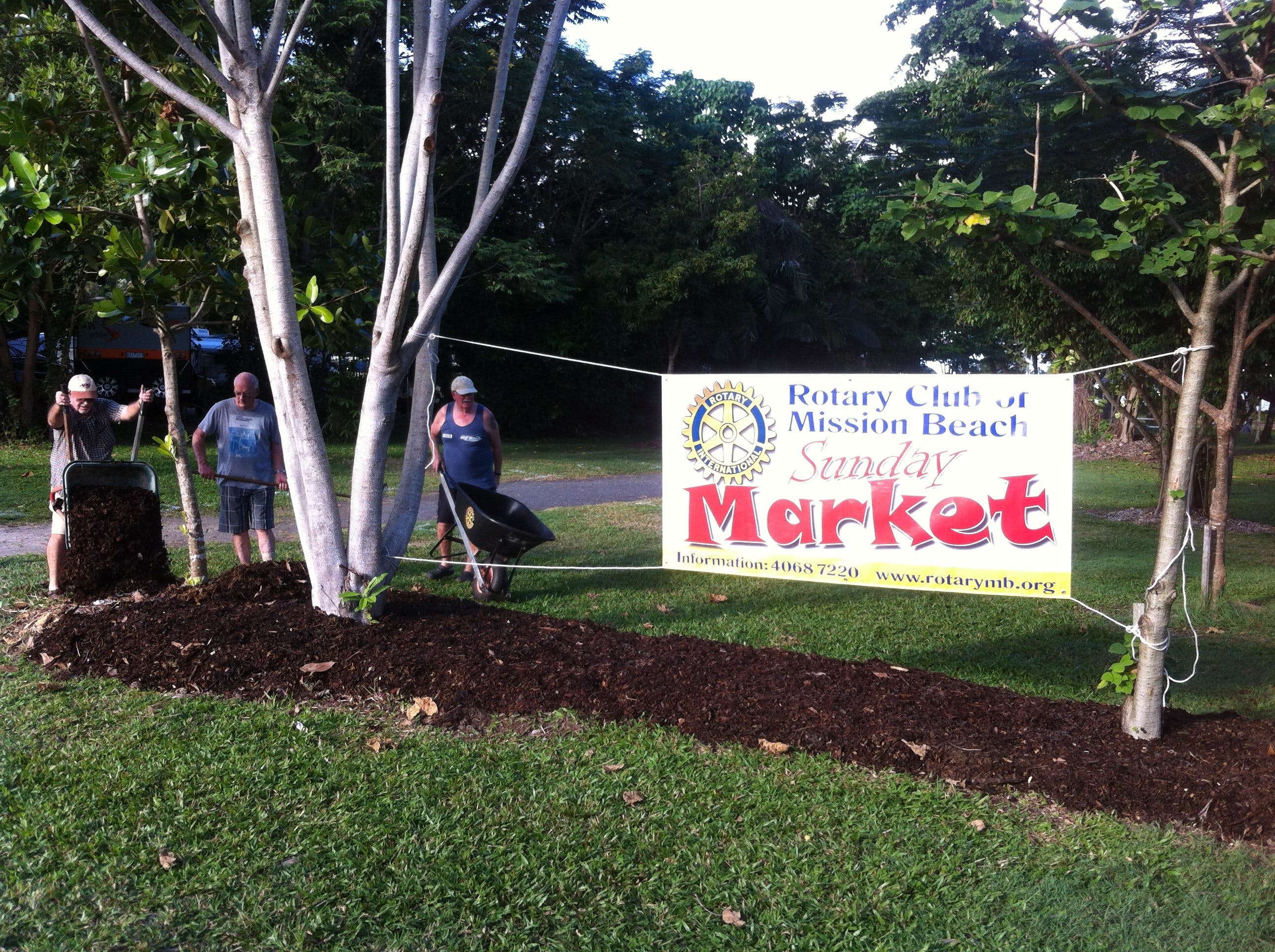 Mission Beach Markets - Accommodation Port Macquarie