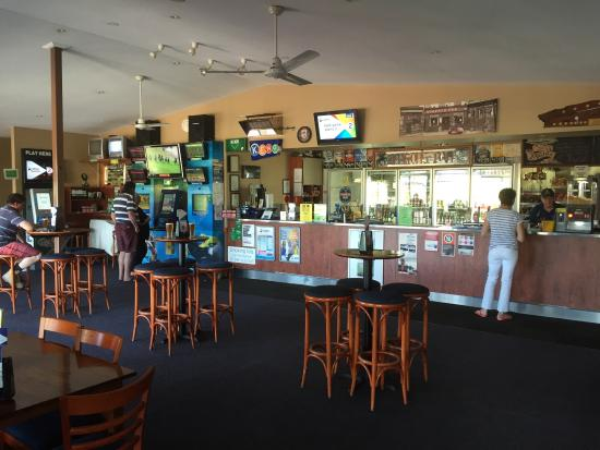 Riverview Tavern - Accommodation Port Macquarie