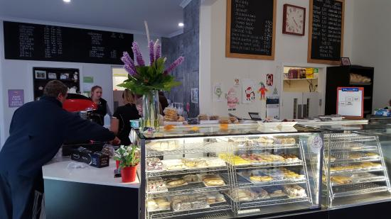 Tumut's Pie in the Sky Bakery - Accommodation Port Macquarie