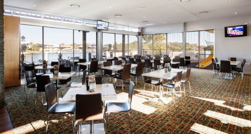 Pelican Waters Tavern - Accommodation Port Macquarie
