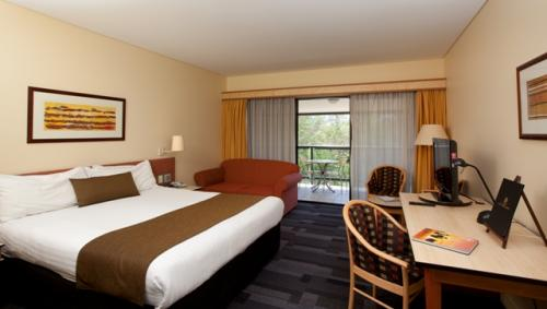 Alice Springs ResortMercure - Accommodation Port Macquarie