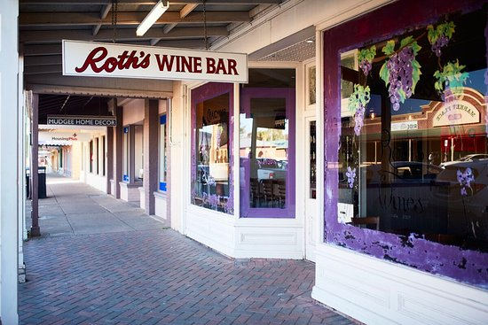 Roth Wine Bar - Accommodation Port Macquarie