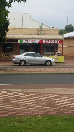 Big Apple Bakery - Accommodation Port Macquarie