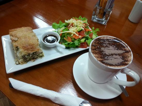 Killing Time with Coffee - Accommodation Port Macquarie