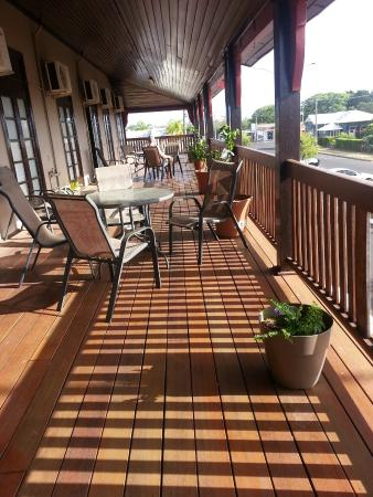 Commercial Hotel Clermont - Accommodation Port Macquarie