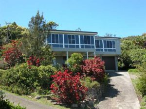 Bally High 20 Dulconghi Street - Accommodation Port Macquarie