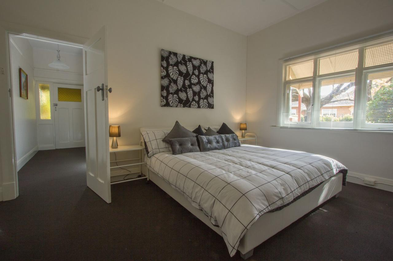Cowan Street Bungalow - Accommodation Port Macquarie