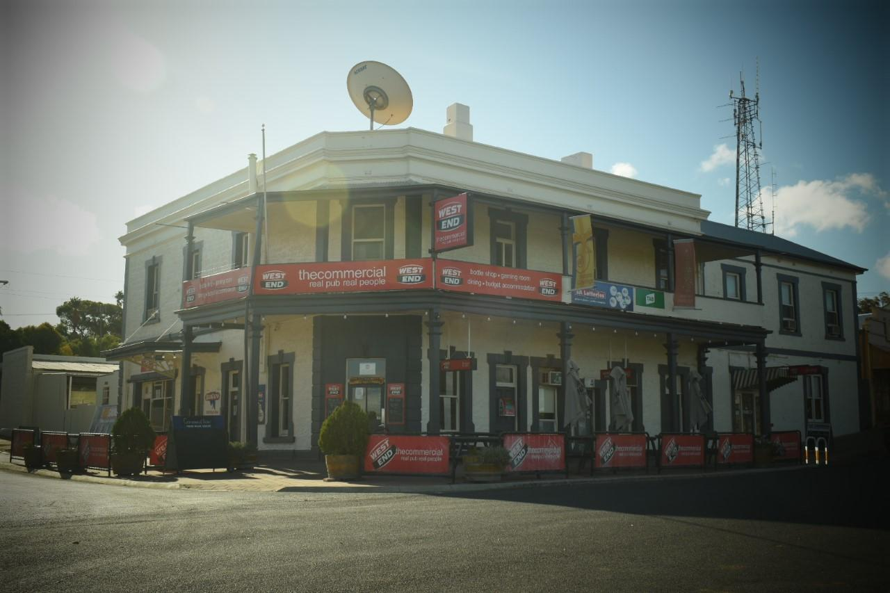 Commercial Hotel Morgan - Accommodation Port Macquarie