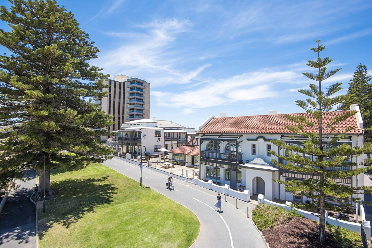 Seawall Apartments - Accommodation Port Macquarie