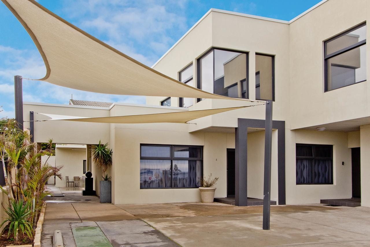 Atlantic West Beach Apartments - Accommodation Port Macquarie