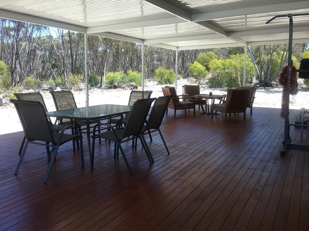 The Island House - Accommodation Port Macquarie