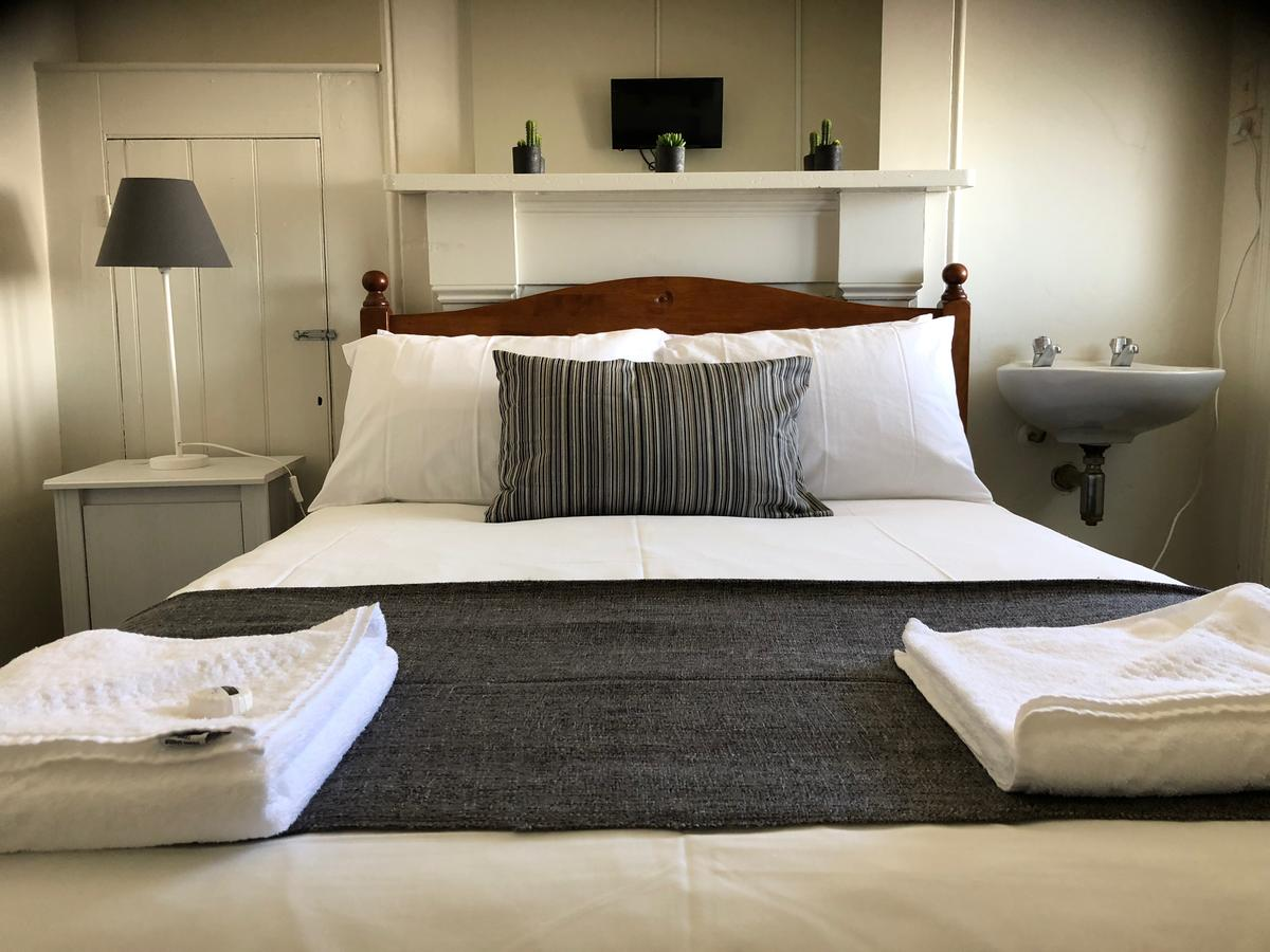 Cornwall Hotel - Accommodation Port Macquarie