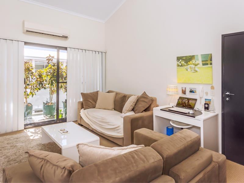 Home Apartment - Perth City Centre - Free WiFi - Accommodation Port Macquarie