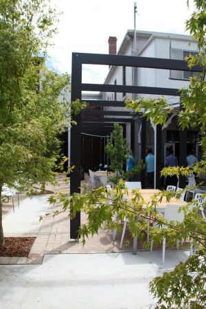 Crossroads Hotel - Accommodation Port Macquarie